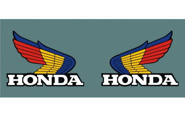 Стикер HONDA лого пълноцветно със защитно фолио модел 22004