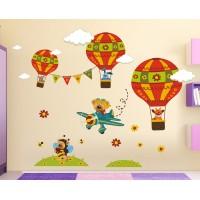 Стикери за детска стая  мечо пилот зайко прасчко и жирафчо с балони модел 20463