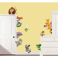 Стикери за детска стая  лъвчето хипопотама жирафа маймунката зад вратата модел 20465