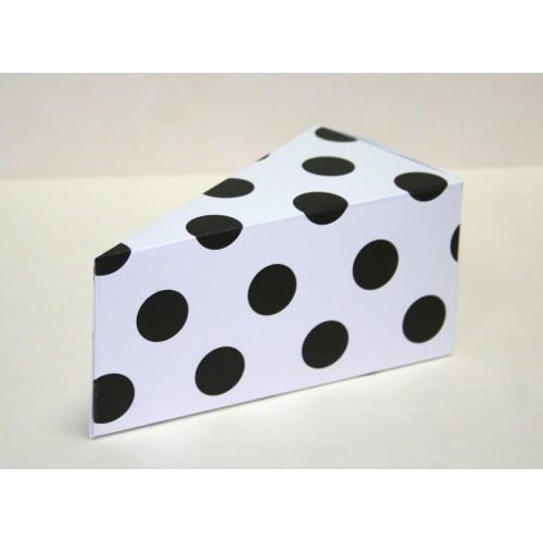 Парченце от Хартиена  торта  бяла на черни точки  Модел 30003