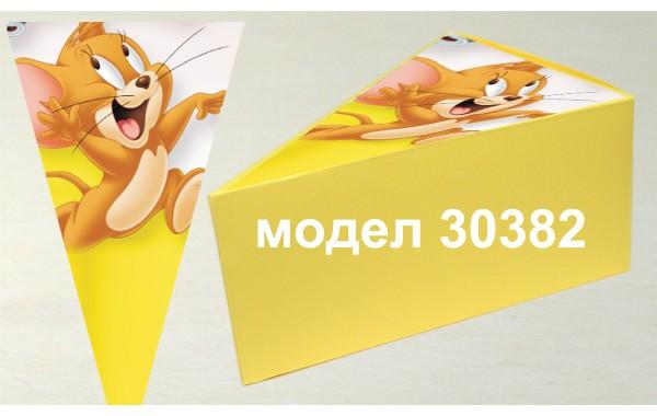 Парченце от Хартиена  торта с украса по избор Модел 30382